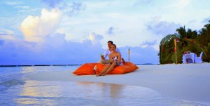 Maldives Honeymoon and Romance (9)
